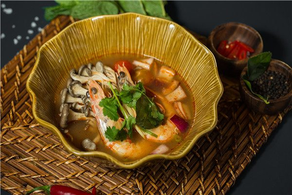 tom-yum-king-prawn-soup