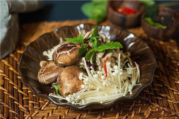 wild-mushroom-salards